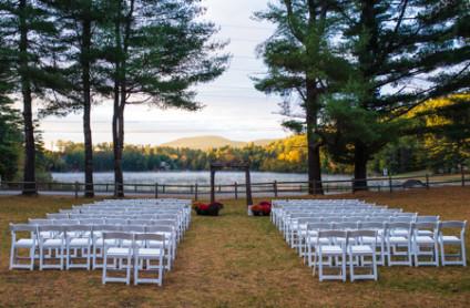 lake-wedding-setting